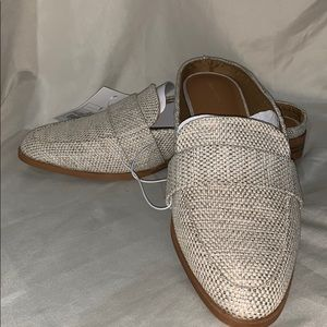 Universal Thread loafer mules